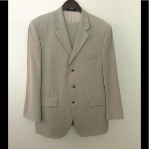 Calvin Klein Men's 3 Button Wool Suit